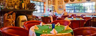 Yves_Restaurant_Bar_Ajijic_Chapala_Mexico_Dining_Room cob